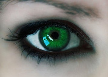 grønt øje som symbol på misundelse og jalousi